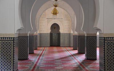 Salon marocain moderne : 10 façons d'introduire le style marocain chez vous