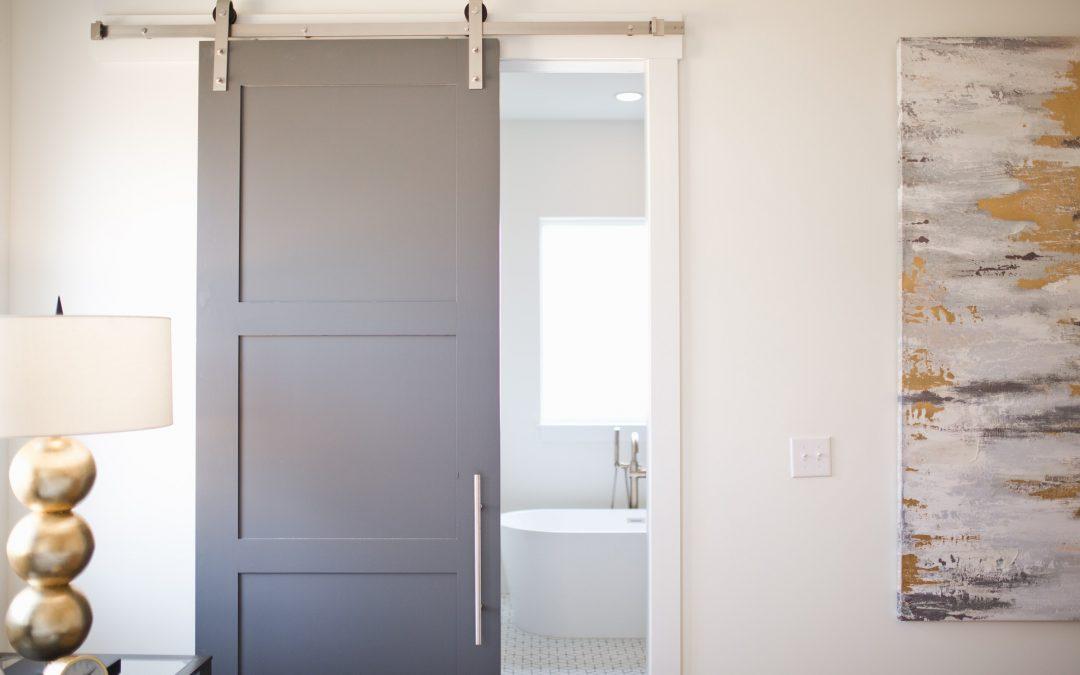 Réparer une porte coulissante capricieuse
