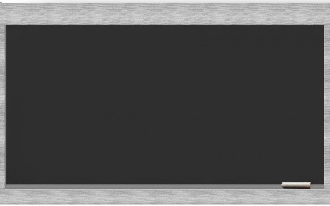 Comment fabriquer une bannière réutilisable en forme de tableau noir ?