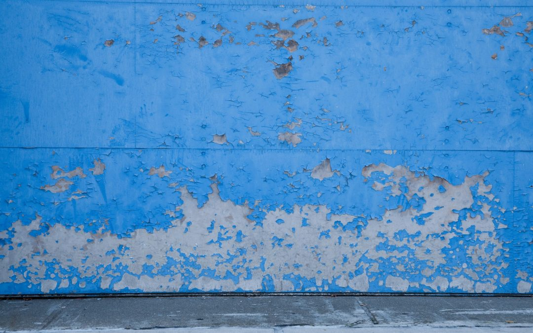 Une solution facile pour la peinture d'extérieur qui s'écaille
